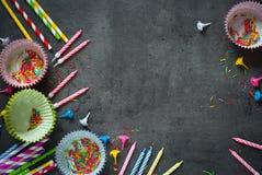 Accesorios para la hornada del día de fiesta y del cumpleaños Imagenes de archivo