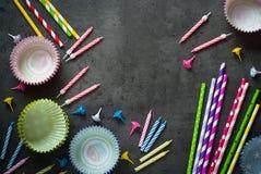 Accesorios para la hornada del día de fiesta y del cumpleaños Imágenes de archivo libres de regalías