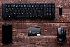 Accesorios para las compras y el pago en línea Imagen de archivo