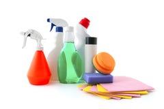 Accesorios para limpiar el apartamento Foto de archivo libre de regalías