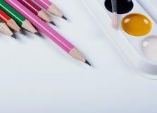 Accesorios para pintar Cepillos y lápices Imagen de archivo