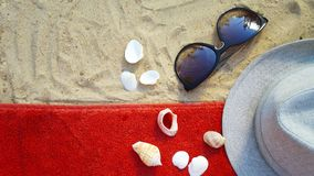 Accesorios por días de fiesta de la playa Fotografía de archivo