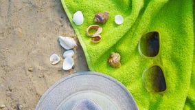 Accesorios por días de fiesta de la playa Fotografía de archivo libre de regalías