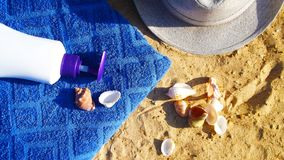 Accesorios por días de fiesta de la playa Foto de archivo libre de regalías