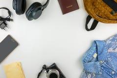 Accesorios que viajan de la endecha plana con el espacio de la copia Imágenes de archivo libres de regalías