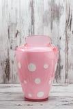 Accesorios rosados lindos del cuarto de baño Fotografía de archivo libre de regalías