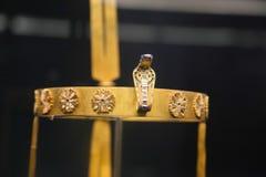 Accesorios - tesoro de rey Tutankhamen, museo egipcio Fotos de archivo