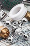 Accesorios y accesorios de fontanería Fotos de archivo libres de regalías