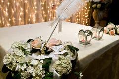 Accesorios y apoyos de la boda Fotos de archivo