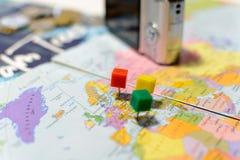 Accesorios y artículos, concepto del ` s del viajero del viaje Imagen de archivo