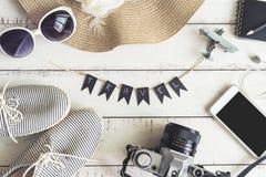 Accesorios y artículos del ` s del viajero Imagen de archivo libre de regalías