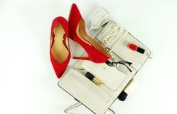 Accesorios y cosméticos elegantes de moda femeninos Imagen de archivo