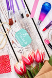 Accesorios y flores de la belleza Fotografía de archivo libre de regalías