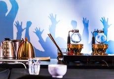 Accesorios y herramientas del fabricante de café del sifón foto de archivo