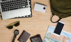 Accesorios y preparación del viaje Imágenes de archivo libres de regalías