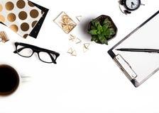 Accessoires élégants sur le fond blanc Photographie stock