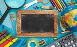 Accessoires d'école, conception vide de tableau Images stock