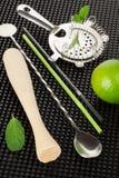 Accessoires de boissons de barre et ingrédients de mojito Photographie stock