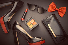 Accessoires de femme de conception de mode réglés Maquillage de charme image libre de droits