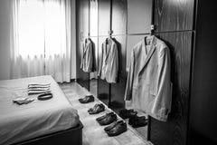Accessoires de marié et de témoins pour le jour du mariage Photographie stock libre de droits