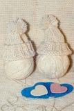 Accessoires de tricotage Boules de fil Images libres de droits