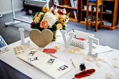 Accessoires et appui verticaux élégants de mariage Photo libre de droits