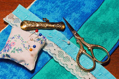 Accessoires et matériaux de couture de main de vintage Photo libre de droits