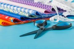 Accessoires pour des ciseaux de couture Photo stock