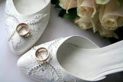 Accessori degli anelli di cerimonia nuziale Fotografia Stock