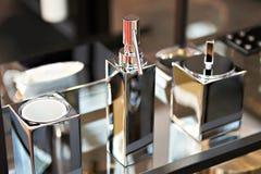 Accessori del bagno nella progettazione del cromo Fotografie Stock