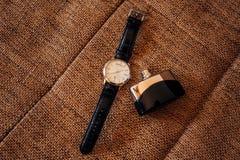 Accessori del ` s degli uomini: Farfalla del ` s degli uomini, scarpe, orologi Immagini Stock