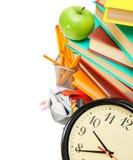Accessori dell'orologio, della mela e della scuola Immagini Stock