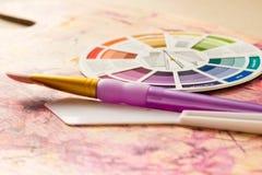 Accessori della ruota e della pittura di colore Fotografie Stock Libere da Diritti