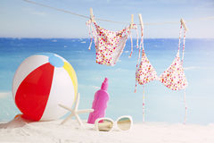Accessori della spiaggia Concetto delle vacanze estive Immagini Stock