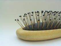Accessori di bellezza - primo piano del hairbrush Fotografia Stock Libera da Diritti