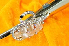 Accessori di cristallo dei gioielli della giada di forma del cigno Fotografia Stock Libera da Diritti