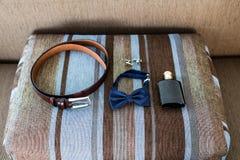 Accessori di nozze per lo sposo Fotografie Stock