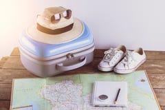 Accessori di viaggio per il viaggio di viaggio passaporti Immagini Stock