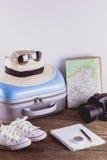 Accessori di viaggio per il viaggio di viaggio passaporti Immagini Stock Libere da Diritti