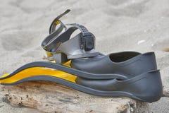 Accessori per immersione subacquea alette e primo piano della maschera Immagine Stock