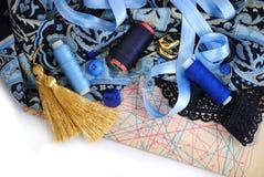 Accessotires de Multicolores pour la couture Photos stock