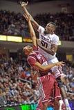 Acción 2011-12 del baloncesto del NCAA Foto de archivo libre de regalías