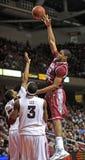 Acción 2011-12 del baloncesto del NCAA Foto de archivo
