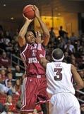 Acción 2011-12 del baloncesto del NCAA Fotografía de archivo