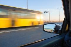 Acción borrosa del coche Foto de archivo libre de regalías