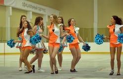 Acción Cheerleading del campeonato Imagen de archivo libre de regalías