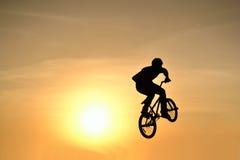Acción de BMX Fotos de archivo