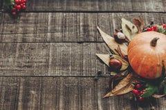 Acción de gracias o tarjeta de felicitación del concepto de Halloween pumpk hermoso Fotos de archivo