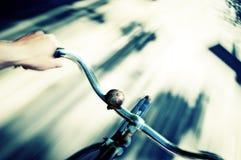 Acción de la bicicleta Fotografía de archivo libre de regalías