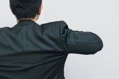 Acción de la opinión de la parte posterior del hombre de negocios lista para ir negocio Imagenes de archivo